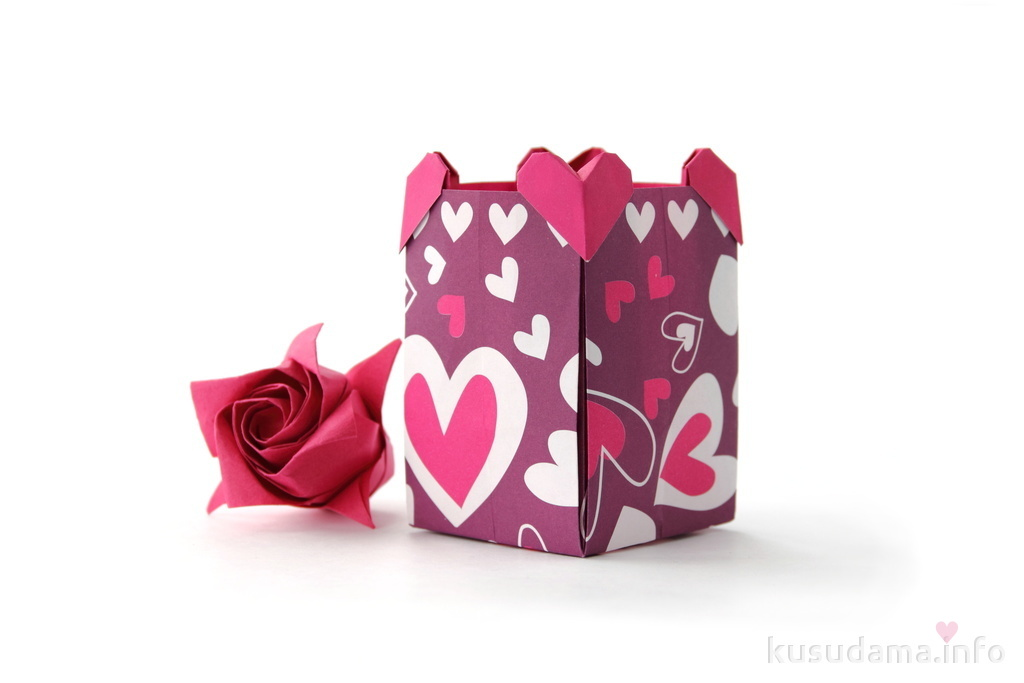 Box with hearts and Rose